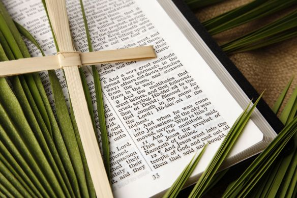palm-sunday-scriptures-lead-1583168401